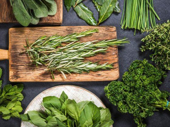 گیاه دارویی تازه و خوشمزه